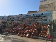 pottery in the market ELJ